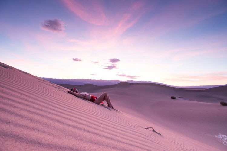 Zooey Zara in Death Valley